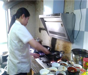 广东手撕鸡技术培训,东江手撕鸡加盟,手撕鸡怎么做