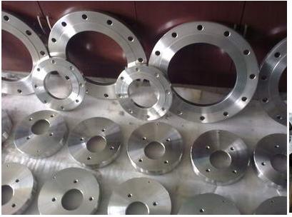 生产凸面板式平焊法兰,材质齐全,保证质量。