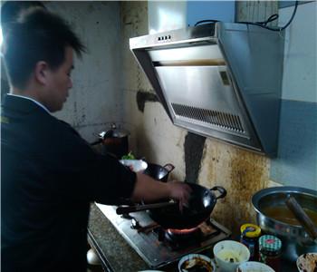 风味小炒技术培训,木桶饭技术哪里学,小炒快餐配方培训,