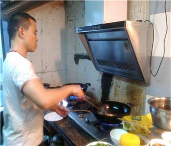 东莞哪里有快餐小炒技术培训,小炒快餐配方哪里学