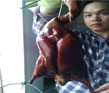 哪里学脆皮烤鸭技术好,广式烤鸭培训,港式烧鹅配方