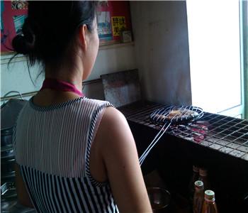 诸葛烤鱼技术培训,哪里有烤鱼技术学,万州烤鱼配方哪里学