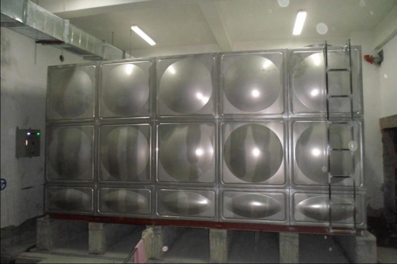 石家庄不锈钢水箱,不锈钢水箱安装-飞鸿水处理