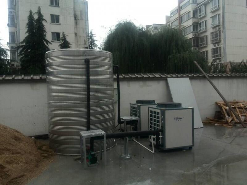 泰兴星期八宾馆空气能热水系统