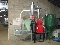 山东粮食磨粉机质量 50星皮芯分离磨面机效果