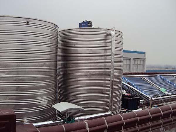 连云港勤力电子12吨太空能热水工程