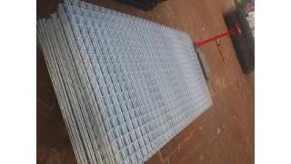 电焊网片电焊铁丝网片电焊铁丝黑网片厂