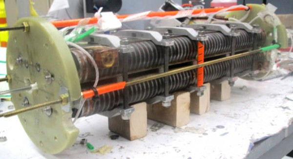 新材料增强了用于自由电子激光器的磁体